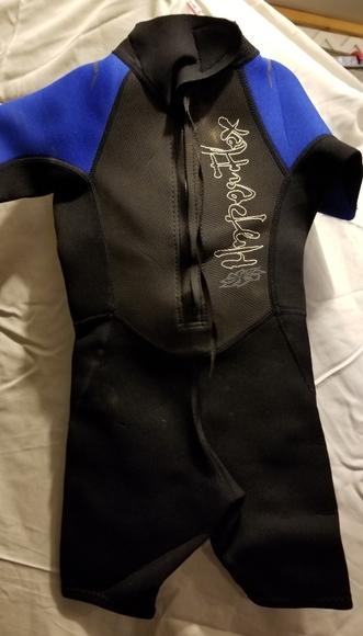Other - Kids wet suit sz.4